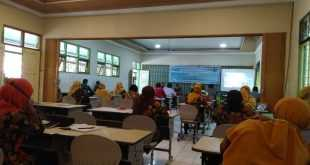 Bantuan Studi Lanjut Guru